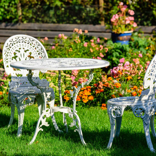 table and chairs rust proof spray for outdoor furniture